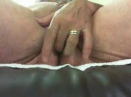 اللعنة الشرج العميق والنشوة الجنسية في غرفة النوم