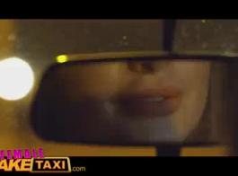 أنثى تاكسي وهمية اللعنة خشب الأبنوس هوتي