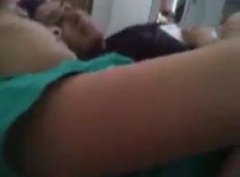 فتاة جامعية هندية هندية كونه أطلق عليها الرصاص في الجاكوزي