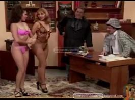 مونيكا روميو لديها مشهد الغشاش