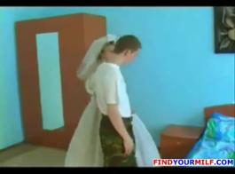 الهواة السمين شقراء الزوجة السوداء يحب الديوك في بوسها