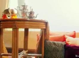 كيت بلوم أصابع بوسها الرطب واللعب الشرجي العام