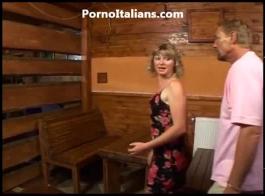 زوجين ناضجة الملاعين الشاب