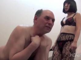 عشيقة الآسيوية الساخنة صدمت من قبل رجلها