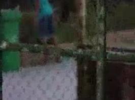 أسود عاهرة الجار الملاعين صديقة الأسود جبهة تحرير مورو الإسلامية تاتيانا في صحارى بيتش