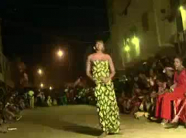 رقص بنان بدون ملابس صيني