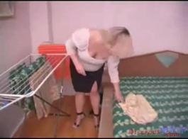 تحب ربة منزل الدهون القيام بذلك مع راقصها، مرة واحدة في حين، حتى يتم استنفادها