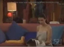 لالتقاط الأنفاس مشهد فيلم قصير مارس الجنس