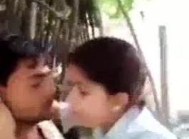 الهندية زوجين الشرج سخيف على صوف الديك