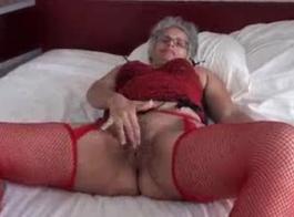 الأولاد المجاور أغسطس 2013 الحلقة 21 سرج الجنس في الفندق الهندي الداكن الجمهور مع امرأة سمراء