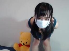عميل فاتنة الآسيوية الجميلة جاهزة للابتلاع