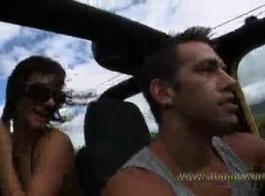 تخطط أنماط ناديا حفل زفاف سري في المقعد الخلفي لسيارة مدربها
