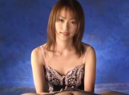 اليابانية جميلة دسم شلونغ الملاعين ضيق الآسيوية كس