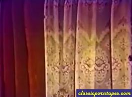 الفيديو الإباحية الكلاسيكية من فاتنة في سن المراهقة لطيف اللعب مع الديك صديقها، وحمارها صبي قرنية.