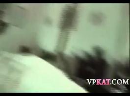 مجعد جبهة مورو يغوي الأم بعد مص ديك له.
