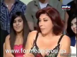 تحصل مارس الجنس الفتاة المسلمة نادين من قبل اثنين من الرجال المسلمين قرنية