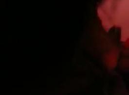 الجانب المظلم من ألعاب الفيديو يأتي في متناول يدي وعندما يريد جبهة مورو الإسلامية أن يلعب بعضا مع كاميرا الويب الخاصة بها تتصرف بها