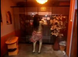 سامانثا دريك في بيكيني خارج القانون 69
