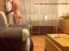رجل يمارس الجنس مع الفرس